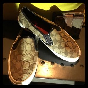 New Signature loafer canvas coach